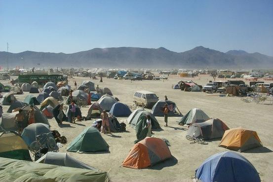Famoso raduno nel deserto de Nevada
