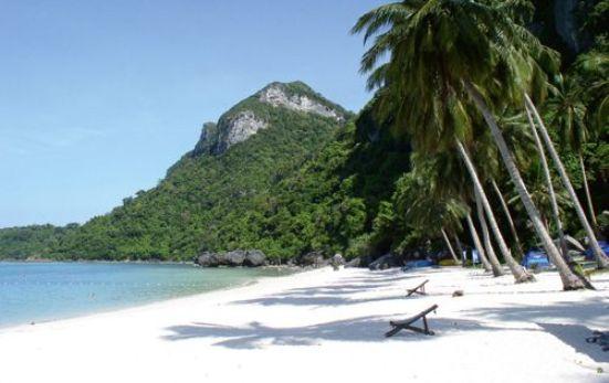 La spiaggia bianchissima di Koh Samui