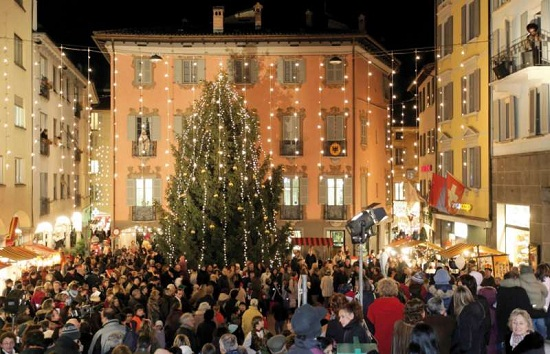 Lugano in camper-albero di Natale