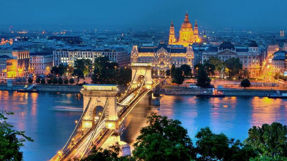 San Valentino 2015: Un weekend a Budapest per una cena romantica